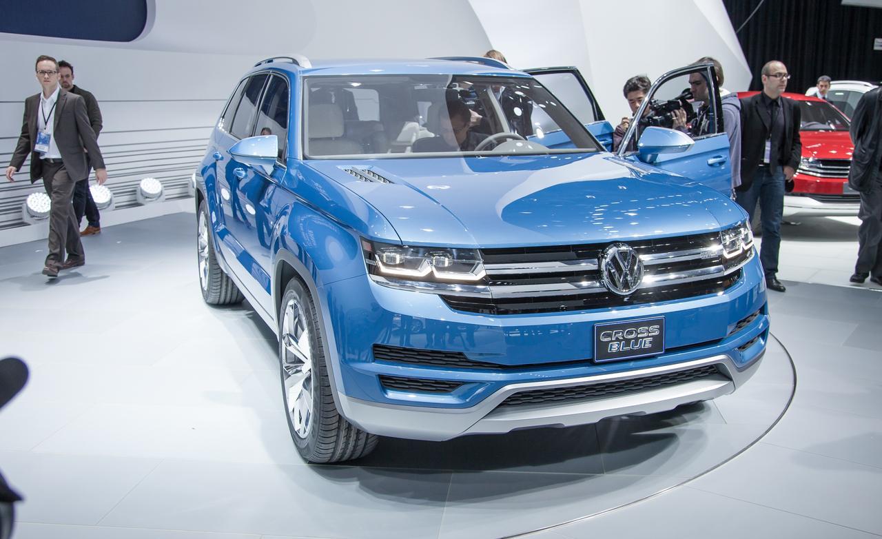 Volkswagen Cross-Blue